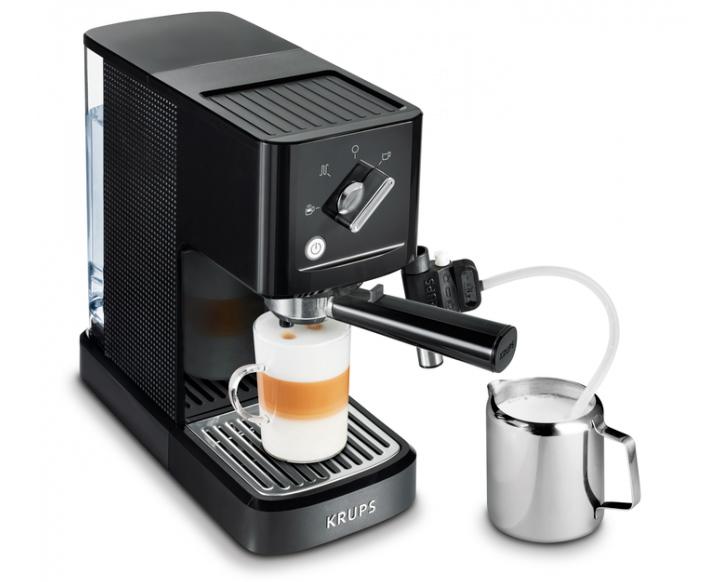 Кофеварка рожкового типа помповая